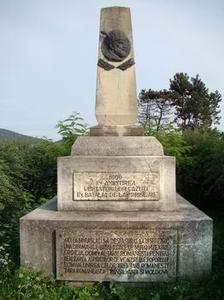 Monumentul de la Miraslau